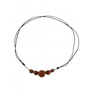 Mittelalter Halskette Roaz aus Rudrakshasamen in Beige Frontansicht